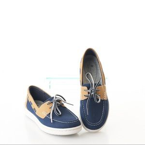Clarks Cloudsteppers Step Glow Lite Boat Shoes New